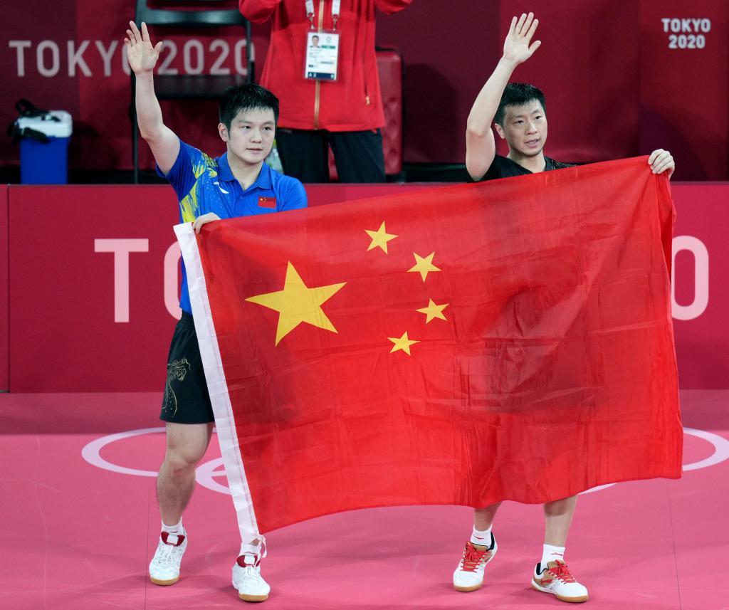 """马龙:金牌属于中国队 樊振东感叹""""岁月无痕"""""""