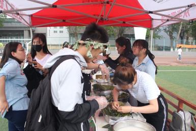 长春理工大学设置8个民族风情体验台 400多名学生参与