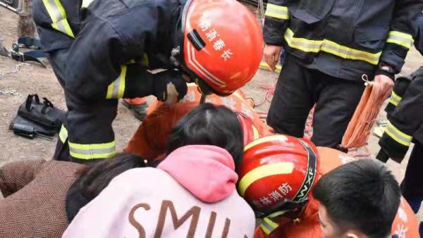 三岁男童坠入小区井下 长春消防争分夺秒成功救援