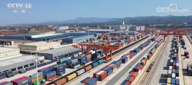 春节七天中欧班列运送货物2.3万标箱 各地百姓家中多了不少进口年货